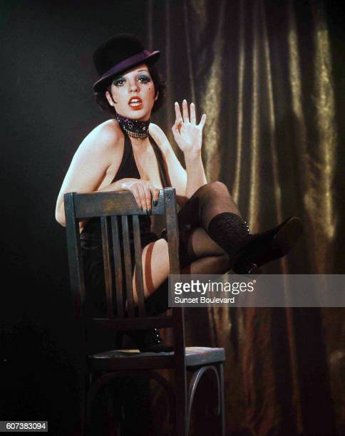 American actress and singer Liza Minnelli on the set of the movie Cabaret, directed by Bob Fosse.