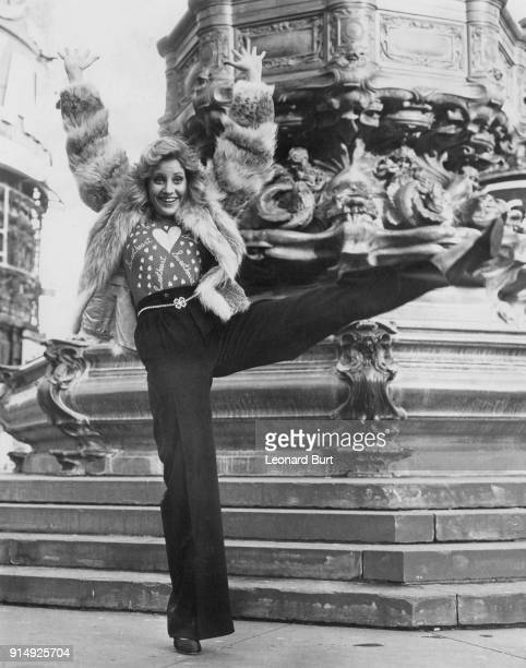 American actress and singer Lorna Luft daughter of Judy Garland poses by the statue of Anteros in Piccadilly Circus London 11th January 1974 She is...
