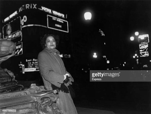 American actress and singer Urylee Leonardos in Piccadilly Circus, 28th October 1952. She is starring in the London production of George Gershwin's...
