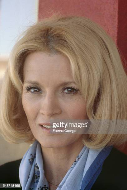 American actress Angie Dickinson on the set of the film 'L' Homme en colere' directed by French director Claude Pinoteau