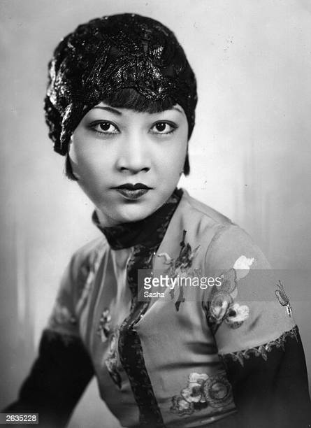 Anna May Wong the silent era film actress who appeared in 'Circle of Chalk' She began her career at the age of sixteen in Douglas Fairbanks' 'The...