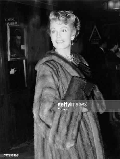 American actress Arlene Dahl attends the premiere of the HenriGeorges Clouzot film 'Les Diaboliques' in London UK 1955