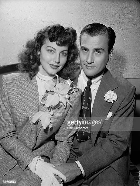 American actress Ava Gardner and American jazz musician and bandleader Artie Shaw pose together the day after their wedding October 18 1945 The...