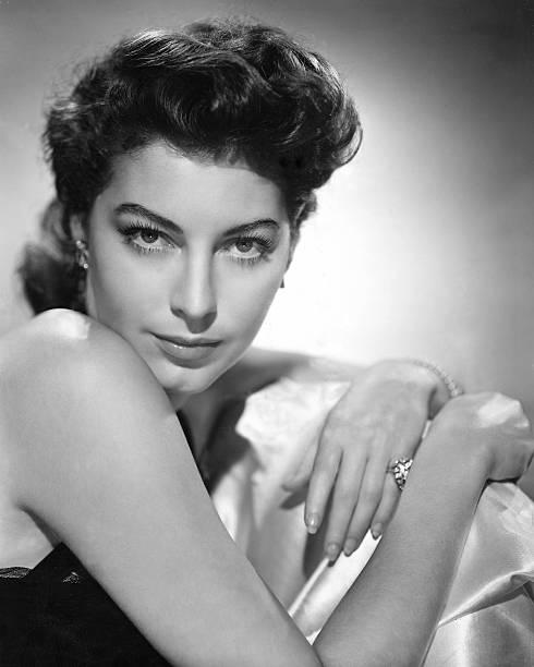 american-actress-ava-gardner-circa-1945-