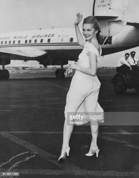 American actress Barbara Loden arrives at Idlewild Airport in New York from Los Angeles May 1955