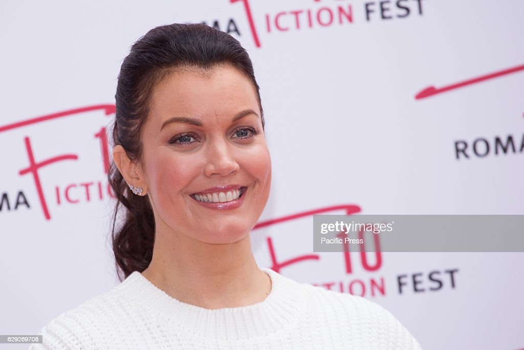 American actress Bellamy Young arrives on the red carpet for... : Nachrichtenfoto