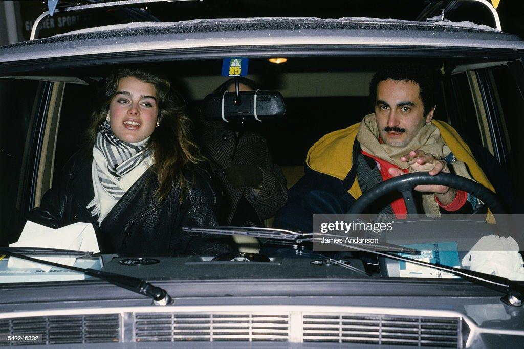 Brooke Shields and Dodi Al Fayed : News Photo
