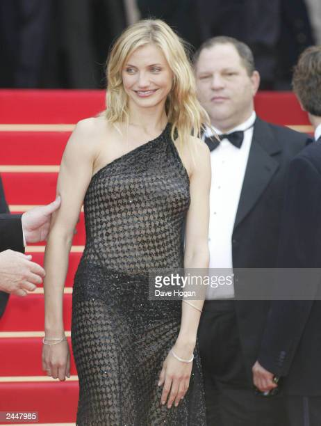 """American actress Cameron Diaz arrives for the premiere of the film """"Gangs of New York"""" at the 55th International Film Festival on May 18, 2002 in..."""