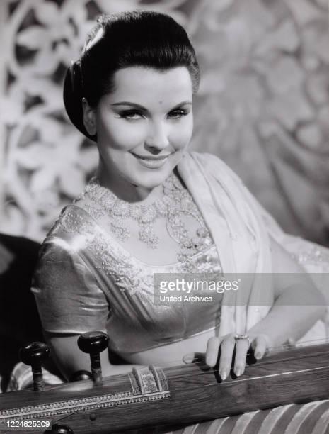 "American actress Debra Paget in the movie ""Der Tiger von Eschnapur"", Germany, 1959. ."