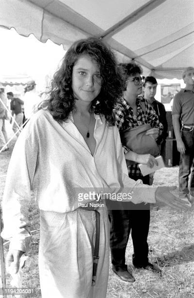 American actress Debra Winger poses backstage at the inagural Farm Aid benefit concert at Veteran's Stadium Champaign Illinois September 22 1985