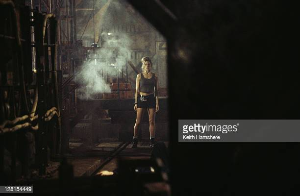 American actress Denise Richards as Dr Christmas Jones in a scene from the James Bond film 'The World Is Not Enough' 1999 This scene set in a Russian...