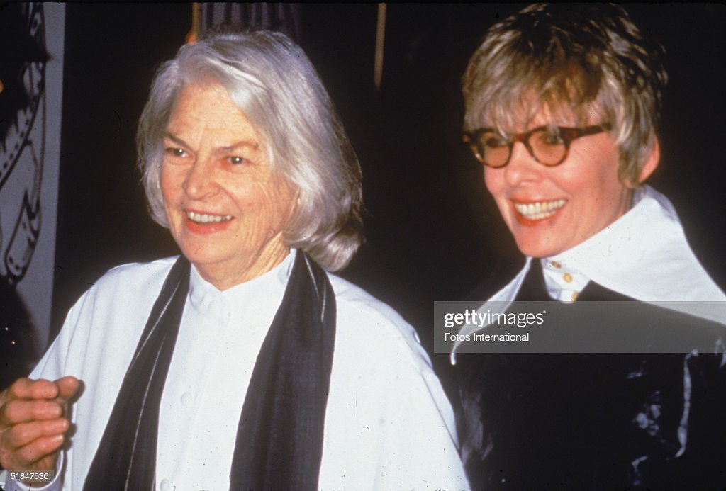Diane Keaton At 1994 Golden Globes : News Photo