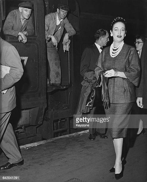 American actress Dorothy Lamour arrives at Waterloo Station in London 18th September 1961 She is in the UK to film a cameo for the British comedy...
