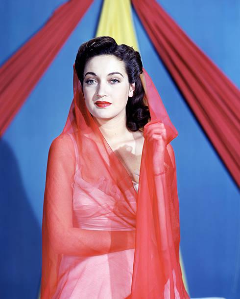 american-actress-dorothy-lamour-circa-19