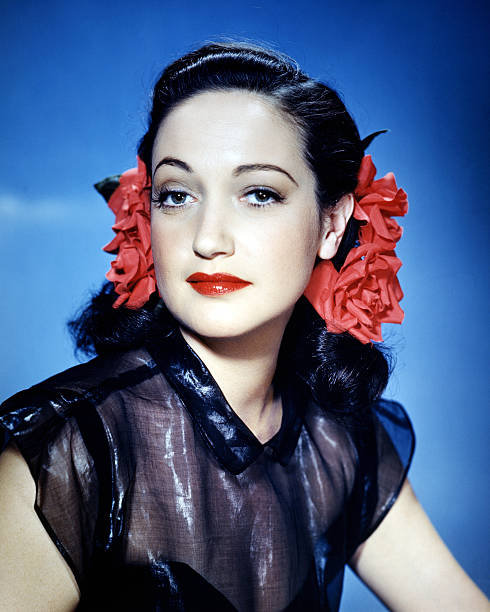american-actress-dorothy-lamour-wearing-