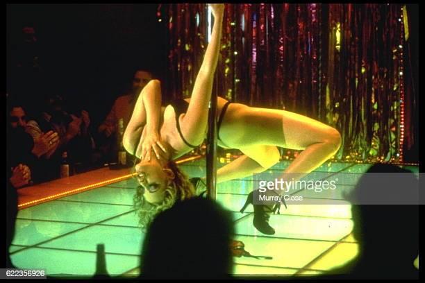 American actress Elizabeth Berkley on the set of Showgirls directed bu Dutch Paul Verhoeven