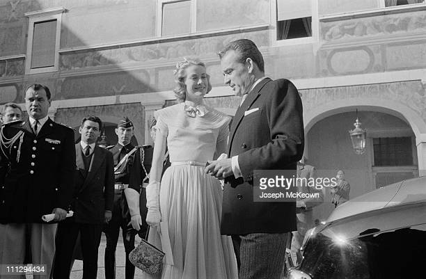American actress Grace Kelly and Rainier III, Prince of Monaco on the day of their civil wedding ceremony at the Prince's Palace of Monaco, 18th...
