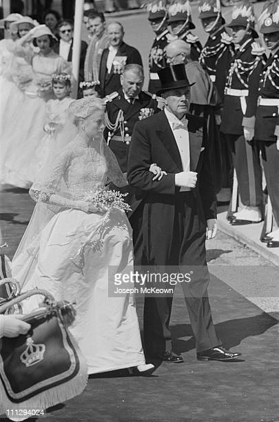American actress Grace Kelly arrives at Saint Nicholas Cathedral for her wedding to Prince Rainier III Monaco 19th April 1956 Original publication...