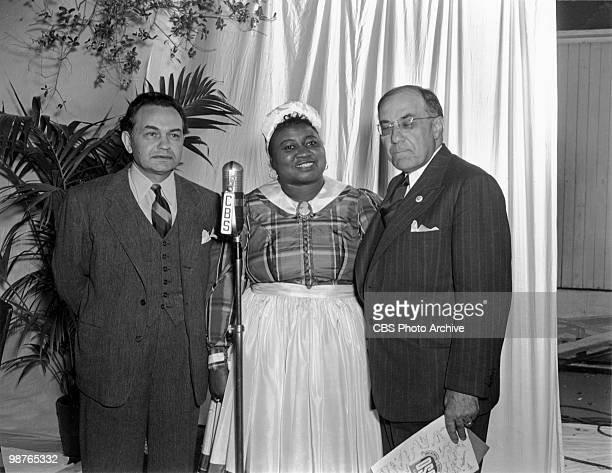 American actress Hattie McDaniel in a CBS Radio studio with actor Edward G Robinson 1941 McDaniel won an Oscar in 1940 for Best Supporting Actress...