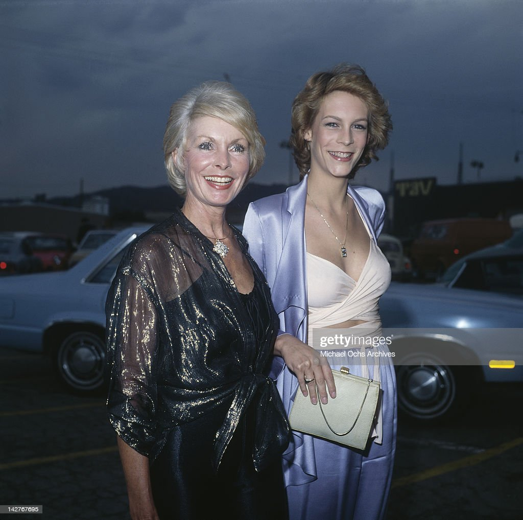 American actress Jamie Lee Curtis and her mother, actress Janet Leigh (1927 - 2004), attend the Photoplay Awards at the TAV Celebrity Theatre in Hollywood, California, 29th September 1979.