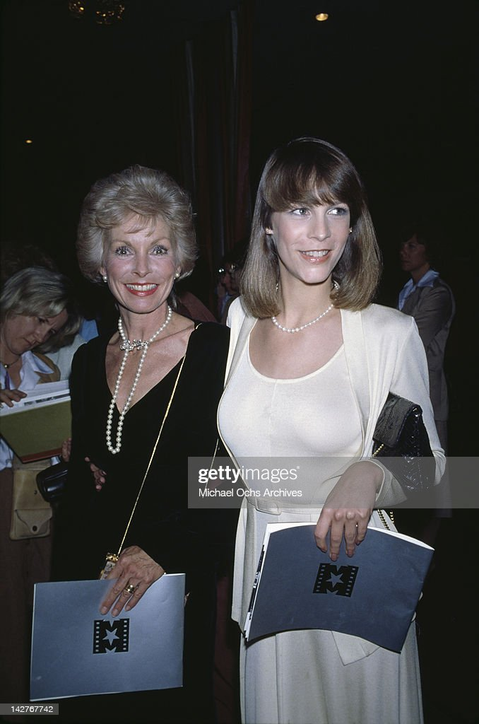 American actress Jamie Lee Curtis and her mother, actress Janet Leigh (1927 - 2004), attend the AFI Salute to Alfred Hitchcock at the Beverly Hilton Hotel in Beverly Hills, California, 7th March 1979.