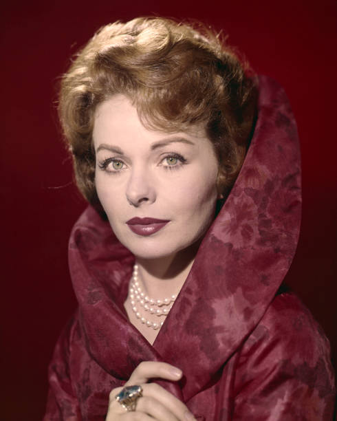 american-actress-jeanne-crain-circa-1955