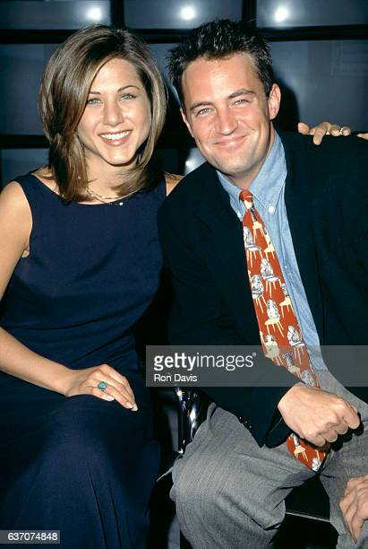American actress Jennifer Aniston and CanadianAmerican actor Matthew Perry of the television comedy Friend's attend the 1995 NBC Fall Preview circa...