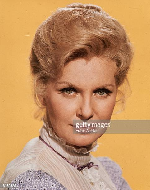 American actress Joanne Woodward married to Paul Newman she was awarded an Oscar for her role in 'The Three Faces of Eve'