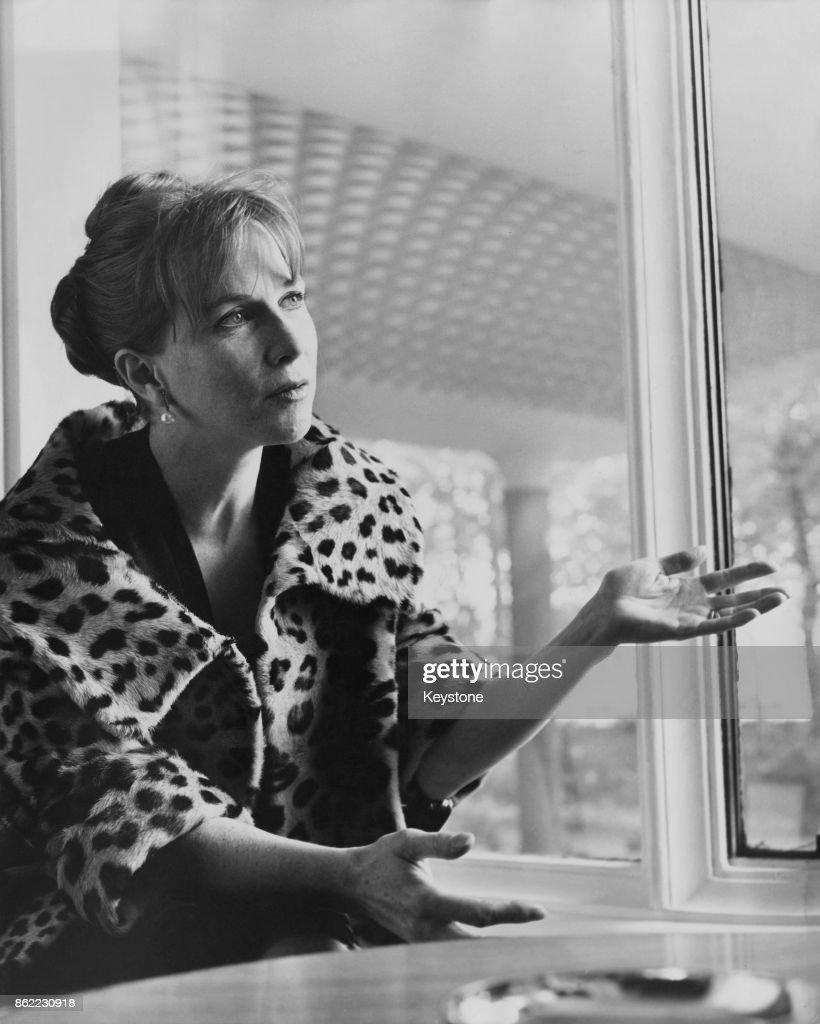 Bonnie Somerville,Shirley Mills Sex movies Giorgia Wurth,Ingrid Pitt (1937?010)