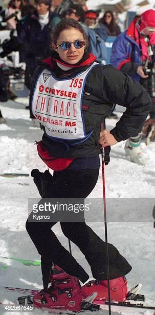 American actress Justine Bateman on skis circa 1993