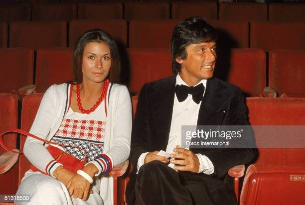 American actress Kate Jackson and head of Paramount Studios Robert Evans attend the 45th Annual Academy Awards at the Beverly Chandler Pavillion Los...