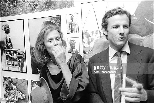 American actress Lauren Hutton and artist Peter Beard attend the opening of Beard's exhibition of photographs from Africa New York New York November...