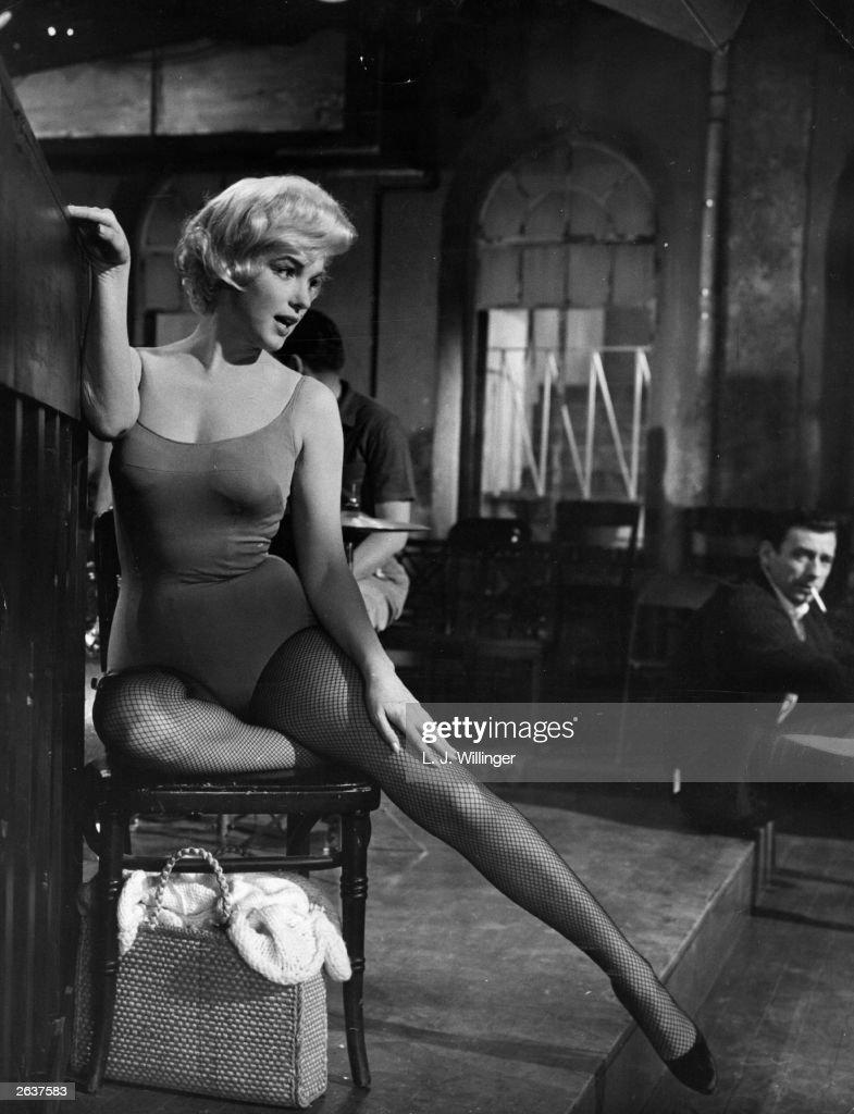 Monroe And Montand : News Photo