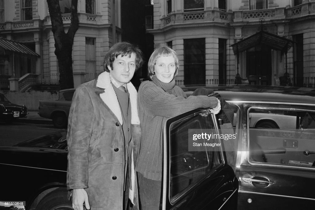 Farrow and Previn : News Photo