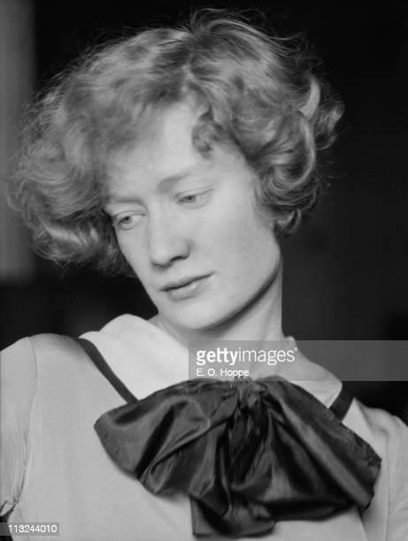 American actress Miriam Hopkins 1926