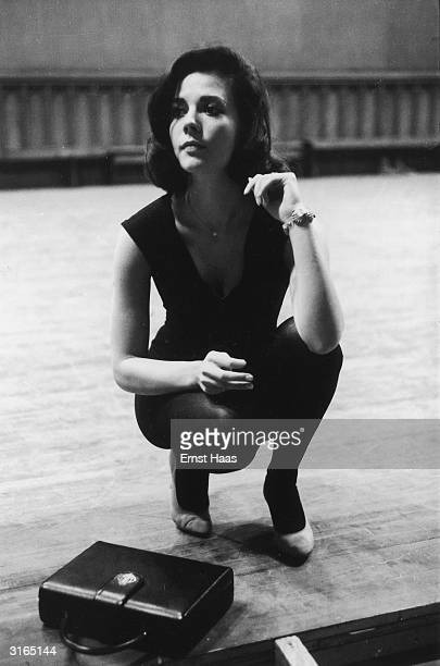 American actress Natalie Wood during dance rehearsals for 'West Side Story' a film musical directed by Jerome Robbins and Robert Wise