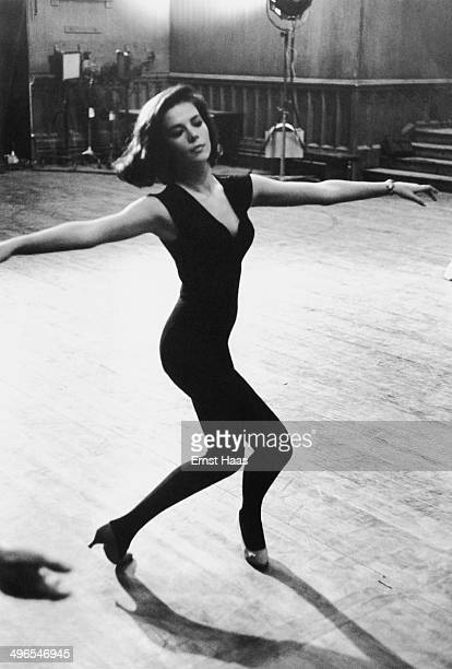 American actress Natalie Wood rehearsing for her role in the musical film 'West Side Story' 1960