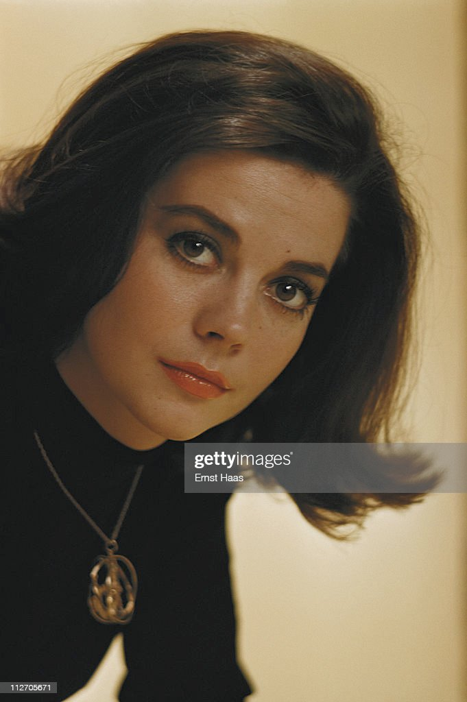 American actress Natalie Wood (1938 - 1981), star of the musical film 'West Side Story', January 1961.