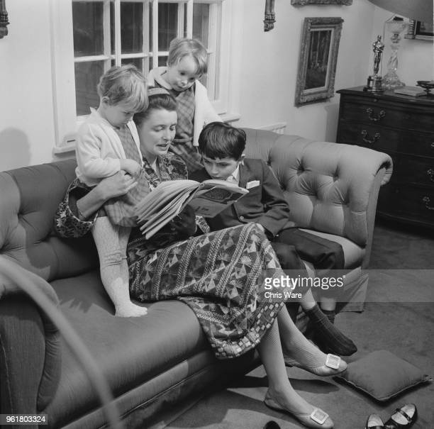 American actress Patricia Neal at home in Great Missenden Buckinghamshire with her children Lucy Ophelia and Theo 26th January 1968 The children are...
