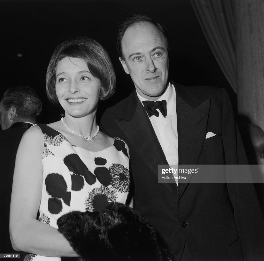 Neal And Dahl : News Photo