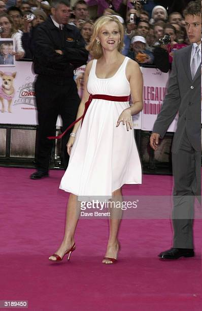 American actress Reese Witherspoon and American actor Ryan Phillippe arrive at the UK premiere of the film Legally Blonde 2 held at the Warner...
