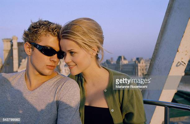 American actress Reese Witherspoon and American actor Ryan Phillippe who got married in 1999