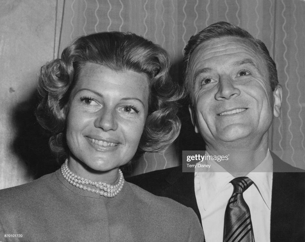 Rita Hayworth And James Hill : News Photo