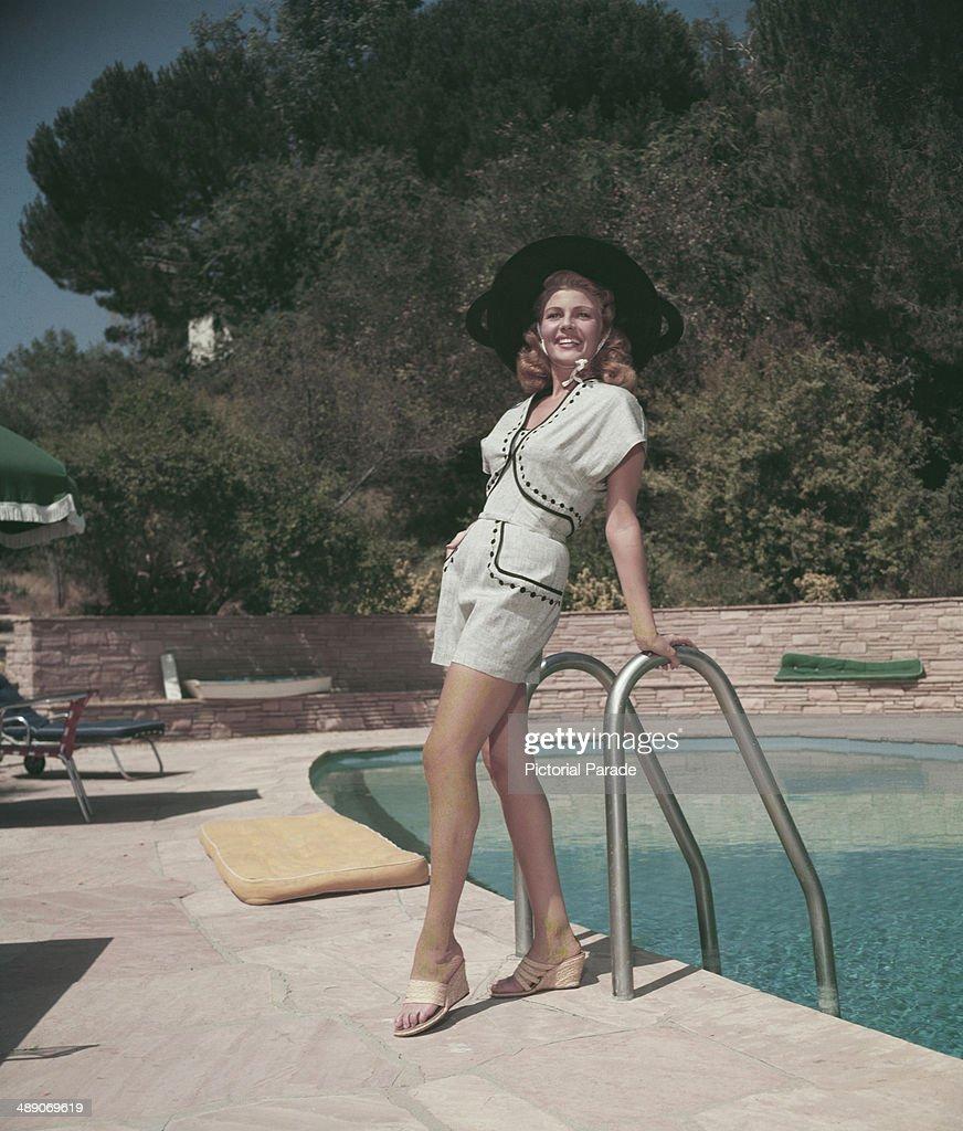 Rita Hayworth : News Photo