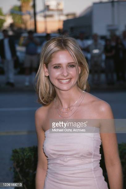 American actress Sarah Michelle Gellar attends the 4th Annual Blockbuster Entertainment Awards, held at the Pantages Theatre in Los Angeles,...