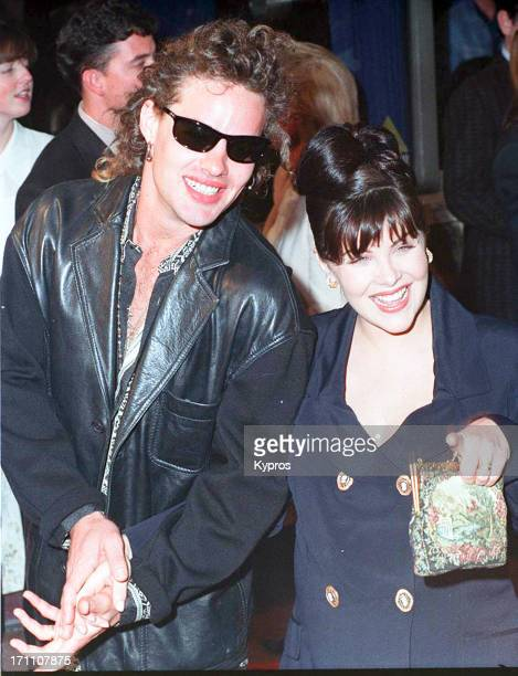 American actress Sherilyn Fenn with her partner guitarist and songwriter Toulouse Holliday circa 1993