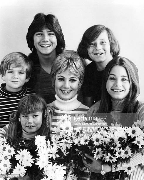 American actress Shirley Jones with the cast of TV sitcom 'The Partridge Family' circa 1972 Clockwise from bottom left Suzanne Crough Brian Forster...