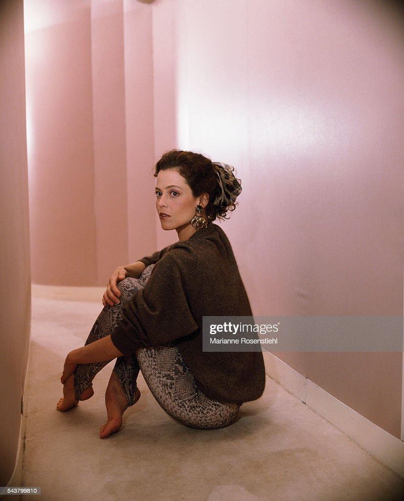 Sigourney Weaver Une Femme ou Deux - FR nudes (98 image)
