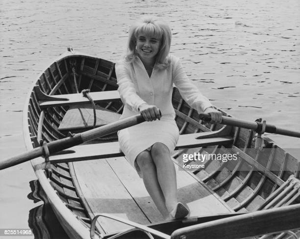 American actress Sue Lyon rowing on the Serpentine in Hyde Park London 2nd September 1962 She is in the UK for the premiere of the film 'Lolita' in...