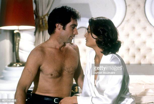 American actress Talisa Soto and British actor Timothy Dalton on the set of Licence to Kill directed by John Glen